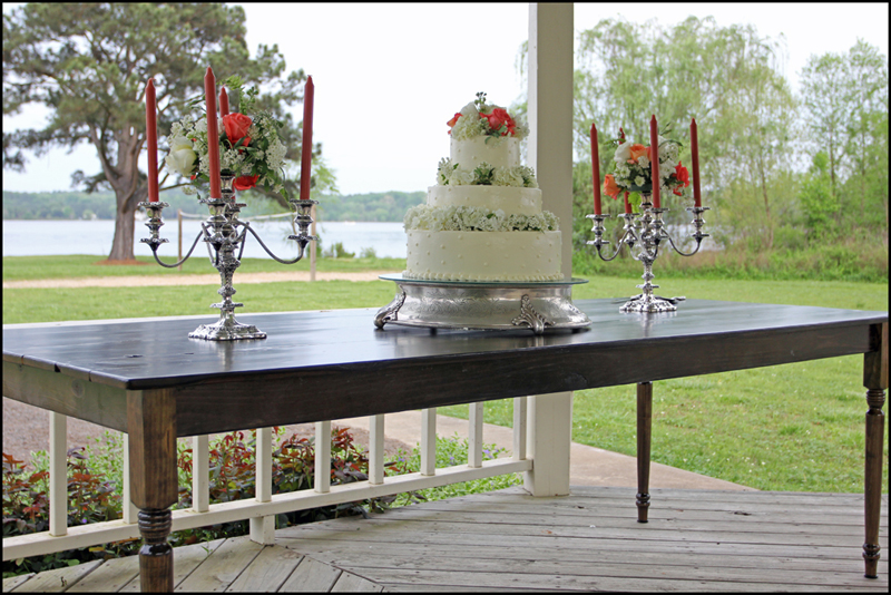 Wedding Cake Table Idea
