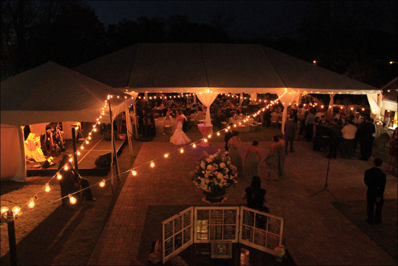 custom cafe lighting for wedding