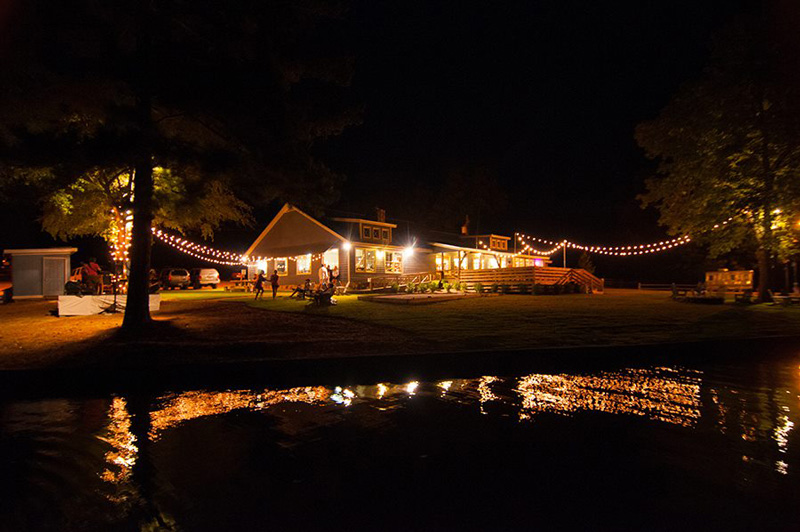 Lake Oconee Wedding Lights String and Bistro