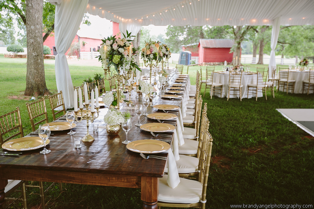 Estate Farm Wedding Table