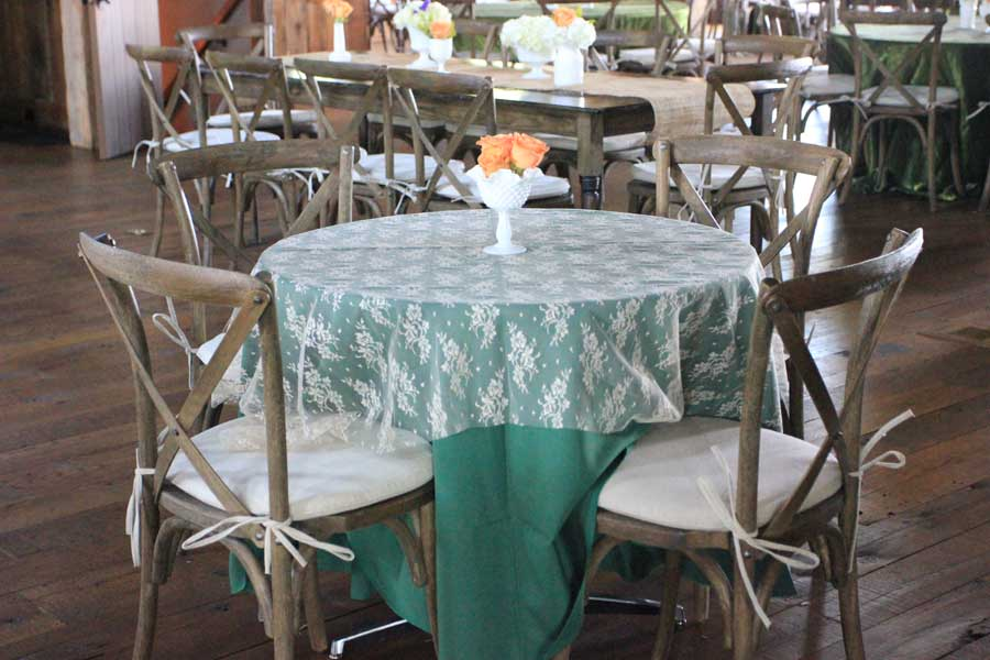 chairs with linen ideas for a wedding