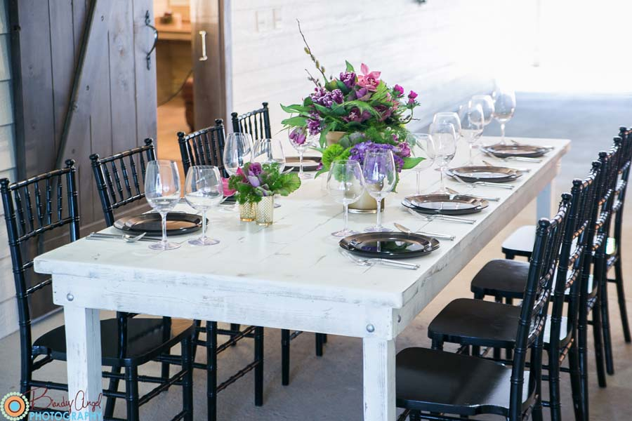 Black and White Table Ideas